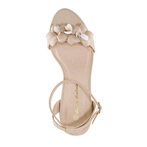 Andres Machado AM5269.Chaussures Compensées en Soft avec Franges.Pour Femmes.Petites et Grandes Pointures 32/35 et 42/45 Beige