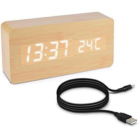 kwmobile despertador reloj digital de madera grande con activación por sonido, temperatura y activación táctil en madera de abedul con LED
