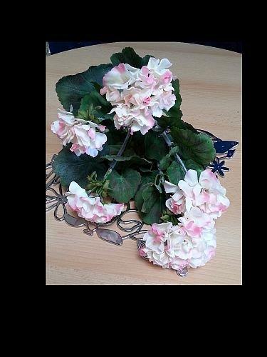Kunstpflanze Blickfang für Kommode, Schreibtisch oder Wohnzimmerfenster