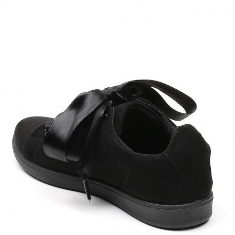 Ideal Shoes - Baskets avec lacets ruban effet daim Julianna Noir