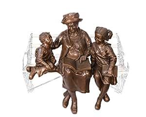 Bronzefigur Skulptur Motiv: Oma liest 2 Kindern Buch vor sitzend bronze Höhe 99 cm