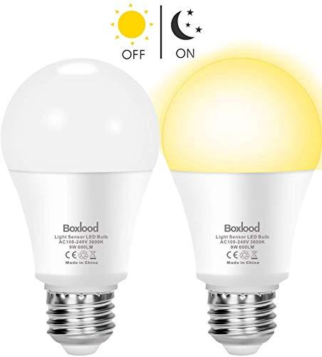 Lampadina Con Sensore, Boxlood E27 Lampadine LED con Sensore Crepuscolare da Esterno, Auto On/Off, 9W Bianco caldo 3000K per Veranda Giardino Porta d'ingresso Corridoio 2 Pezzis