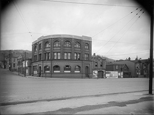 poster-a3-new-zealand-wellington-corporation-tramways-corner-of-thorndon-quay-and-mulgrave-street-we