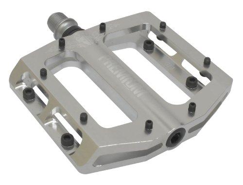 Premium Slim Kunststoff-Fußtritt Silber silber 42614 (Shorts Premium Bib)