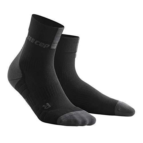 CEP - Short Socks 3.0 für Damen | Sportsocken für mehr Power und Ausdauer in schwarz/grau in Größe III -