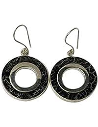 Chic-Net Silberohrringe Koralle gefärbt schwarz Blumenstruktur 925er Sterling Silber eingefasst O-Form