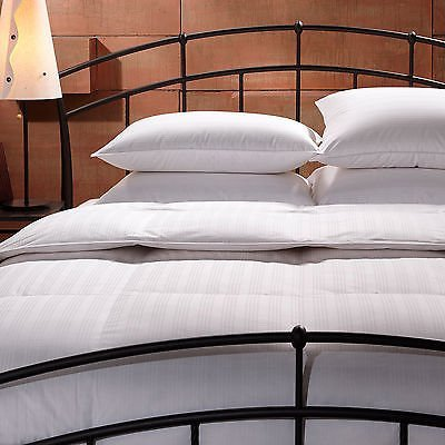 tommy-bahama-primaloft-super-king-size-down-alternative-comforter-by-tommy-bahama