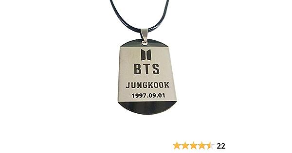BTS Bestomrogh Kpop BTS Collier de Lettre de Nom de Membre Unisexe Populaire Version Cor/éenne Collier Pendentif en Corde en Cuir