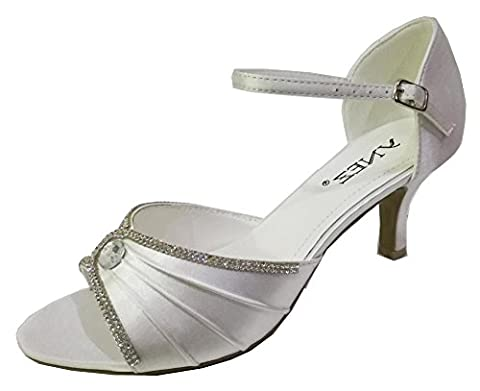Chic Feet Womens Diamante Satin Prom Party Wedding Bridal Sandals Ladies Low Heel Bridesmaid Shoes - Ivory Size