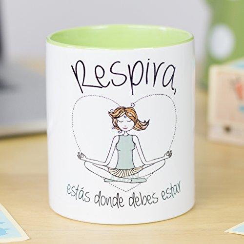 La Mente es Maravillosa - Taza con frase y dibujo, Regalo divertido (Respira, estás donde debes estar)