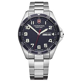 Victorinox Field Watch Reloj para Hombre Analógico de Cuarzo con Brazalete de Acero Inoxidable V241851