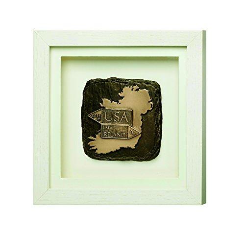 gerahmt Bronze Gedenktafel mit der Iconic Karte und USA, Irland Road Signs