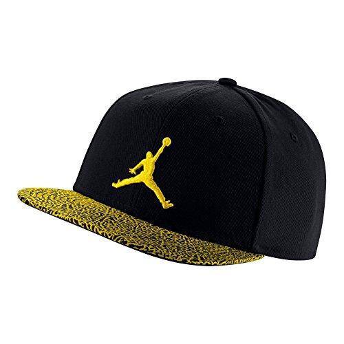 bcadef45c952c7 Nike Men s Tennis Elephant Bill Hat