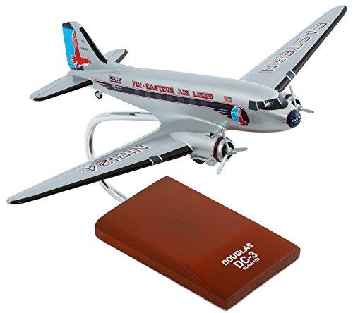 Daron Worldwide Trading G0572 DC-3 est 1/72 AVIONS