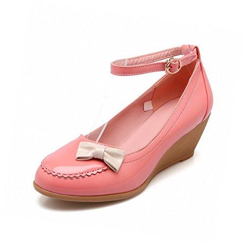 AgooLar Damen Gemischte Farbe Lackleder Mittler Absatz Schnalle Rund Zehe Pumps Schuhe Pink