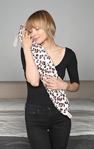 Kanguru George Wärmflasche Leopard-creme, braun 1x SCHAL GRATIS mit Fach für Handy oder Brille und praktischen Bändern zur Fixierung am Bauch, Rücken oder Nacken GRATIS 1x SCHAL GRATIS