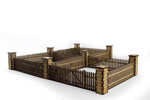 Valla de Madera con pilares y Puerta de WWG