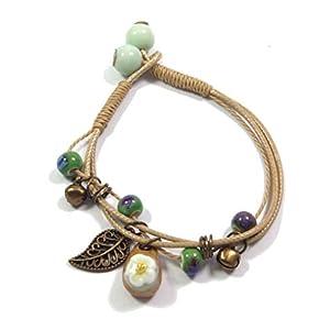 Boho Ethno Style Armband mit hochwertigen Keramik-Perlen (7mm), Glöckchen, Blatt in bronze + Keramik-Anhänger mit Blümchen (10mm x 16mm) (P1251)