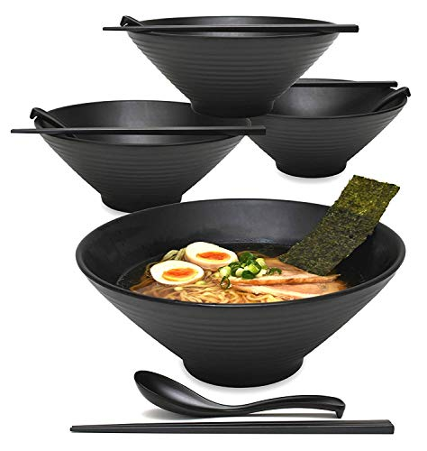 Acquista Set per Noodles su Amazon