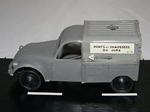 SESAME 2CV 3CV Véhicule Miniature - PONTS ET CHAUSSEES DU JURA - Ech 1/43