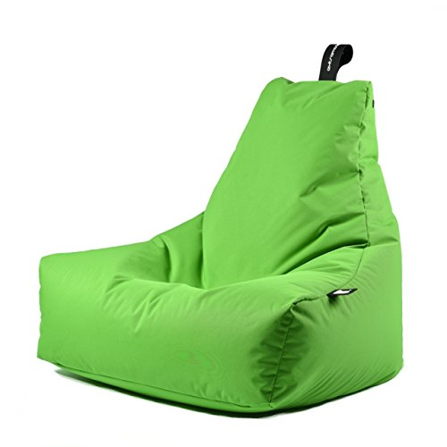 Einfach mal zurück lehnen und entspannen - dass bietet Ihnen der stylische Sitzsack B-bag mit der ausgefallenen Form, der sich jeder Körperform anpasst. Der Sitz- und Liegesack ist für den Indoor-, sowie Outdoorbereich geeignet, sodass Sie diesen überall mit hinnehmen können. Das Material ist aus einem pflegeleichtem Polyester-Gewebe, dass robust und leicht zu reinigen ist zudem verblasst die Farbe nicht durch Sonneneinstrahlung. Für den Transport zum See oder Aufbewahrung ist eine hochwertige schwarze Tasche dabei