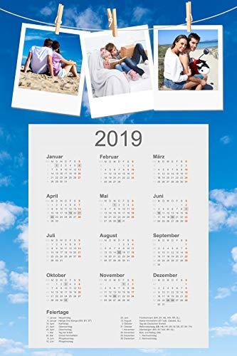 Individualisierbarer Wandkalender 2019 Din A2   Hochformat mit drei personalisierbaren Fotos in Polaroid-Optik gestalten (Himmel)