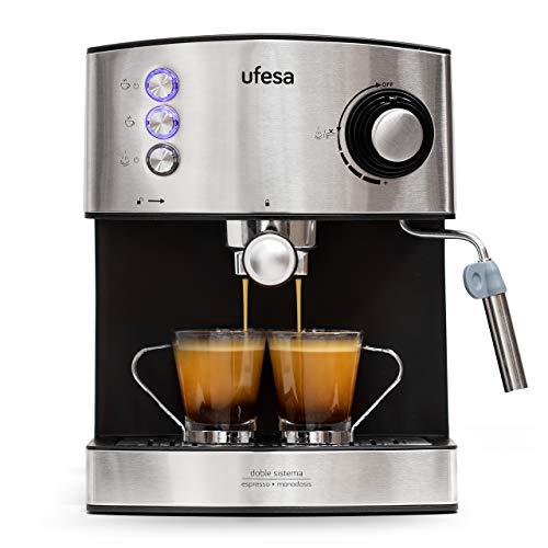 Ufesa CE7240 - Cafetera Espresso, 850W, Depósito extraíble de 1,6 l, 20 Bares, Doble opción de preparación de café: Sistema tradicional de café molido, Sistema de monodosis, Vaporizador orientable