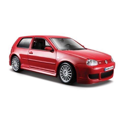 Maisto VW Golf R32: Originalgetreues Modellauto 1:24, Türen und Motorhaube zum Öffnen, Fertigmodell, 20 cm, rot (531290) -