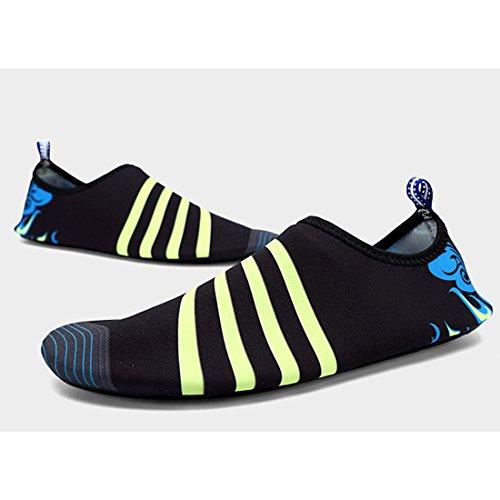 Cool&D Unisex Aquaschuhe Aqua Schuhe Atmungsaktiv Strandschuhe Schwimmschuhe Badeschuhe Wasserschuhe Surfschuhe für Damen Herren Kinder Schwarz