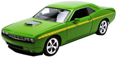 highway61-118-plymouth-cuda-concept-hemi-2011-grn-50840