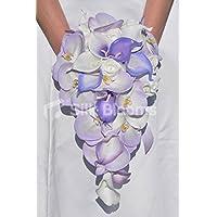 Bouquet da sposa, cascata di orchidee phalaenopsis lilla e viola, calle, gigli e rose bianche