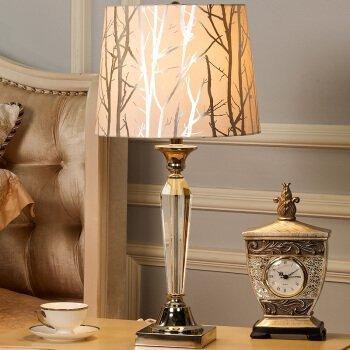 TD Tischlampe-europäischen Stil Lampe postmodernen Dekor amerikanischen Kristall Lampe Schlafzimmer Bett Lampen idyllischen minimalistischen modernen kreativen Wohnzimmer Studie Licht