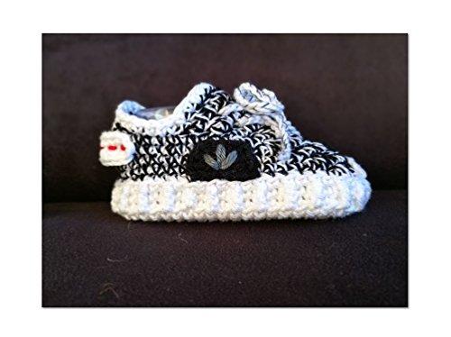 pattern-yeezy-boost-350-baby-shoes-baby-sneakers-newborn-booties-gift-baby-crochet-adidaskanye-west-