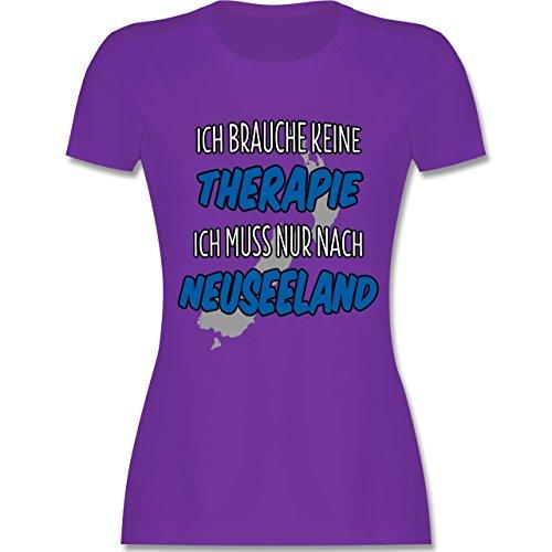 Länder - Ich brauche keine Therapie ich muss nur nach Neuseeland - tailliertes Premium T-Shirt mit Rundhalsausschnitt für Damen Lila