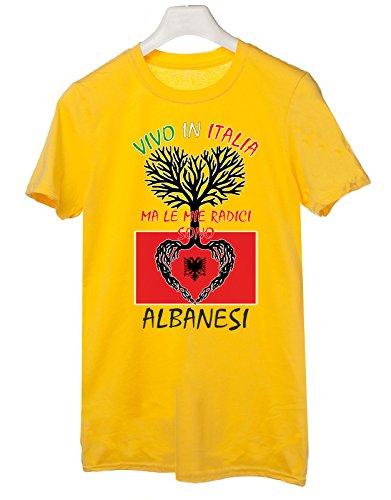 Tshirt Vivo in Italia ma le mie radici sono albanesi- Italy - Albania - humor - idea regalo - in cotone Giallo