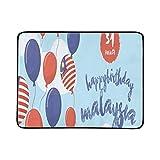 WOCNEMP Klcc Malasia Agosto 311957 Celebrando Feliz Estera Portátil y Plegable de 60x78 Pulgadas Práctica Estera para Acampar Picnic Playa Viajes al Aire Libre en el Interior