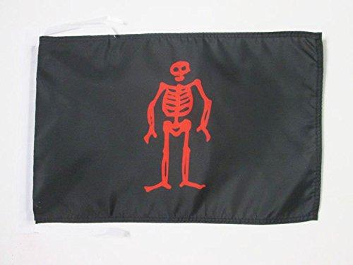 bandera-pirata-edward-lowe-45x30cm-banderina-con-calavera-30-x-45-cm-cordeles-az-flag