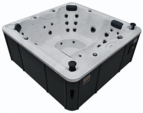 Canadian Spa Co. Winnipeg Plug&Play 35 Jet 6 Person Hot Tub.