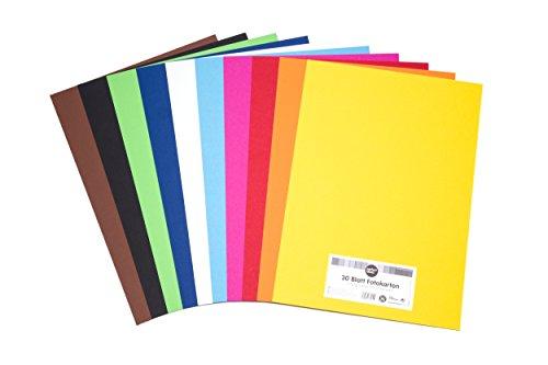 perfect ideaz 30 Blatt DIN-A3 Foto-Karton bunt, Bastel-Papier, durchgefärbt, 10 verschiedenen Farben, 300g/m², Pappe zum Basteln, hochwertige Qualität