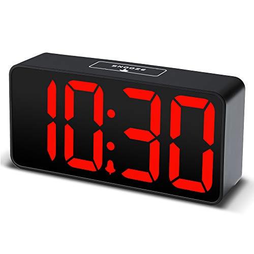 DreamSky LED Digital Wecker mit USB-Ladeanschluss, Große Ziffern Display, Lauter Alarm, Helligkeit und Lautstärke Regelbar, Snooze, 12/24HR, Netzbetrieben(Schwarz)