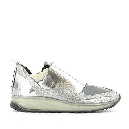 maison-margiela-homme-s37ws0284s47150961-argent-cuir-chaussures-de-skate