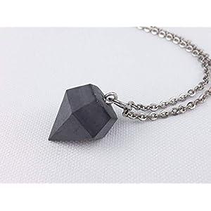 Black Edition – Kette mit Beton-Diamant inkl. Geschenkschachtel