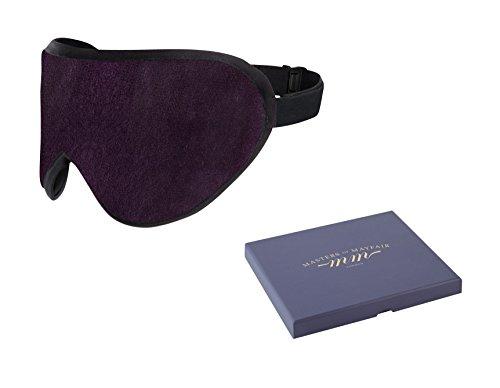 Band Kostüme Mitglied (Edles Weinrot luxuriöse Schlafmaske von Masters of Mayfair - Handgefertigte Augenmaske aus feinen organischen Stoffe, Bambusseide & Lavendel. Weich, lichtundurchlässig und der ideale Reisebegleiter. Die beste Einschlafhilfe, inklusive)