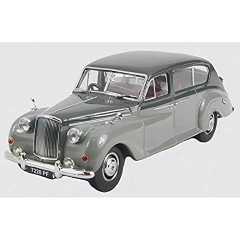Austin Princess from the late 50's in two tone grey
