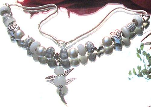 schmuck-beadkette-charmkette-halskette-mit-23-schicken-charms-beads-stopper-aus-diversen-materialien