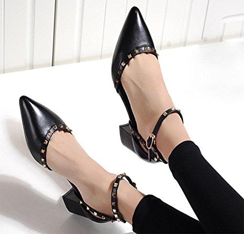 Rivet zeigte Wort Schnalle Sandalen Frauen Sandalen weibliche dick mit sondert Schuhe Dame Sommer Sandalen Baotou Black