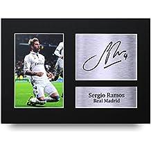 Fotografía A4 de Sergio Ramos del Real Madrid con autógrafo, gran idea para regalo
