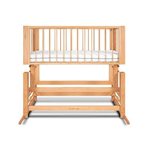 DREAMER Babywiege 2in1 - Vorwärts Schwingende Babyschaukel & Beistellbett zum Elternbett inkl. Öko Babymatratze | 100{ab0a7c3d9edfeb2d2f5e6e465a73832c725e88c9cd495c7bae2b5b1afe5b6884} Organisch Handgefertigt in Europa - Farbe: Holzgitter - Naturholz