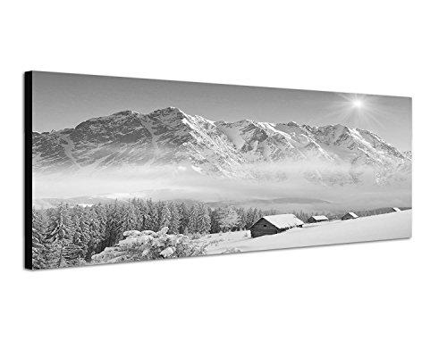 Keilrahmenbild Panoramabild SCHWARZ / WEISS 150x50cm Winterlandschaft Berge Wald Häuser Schnee