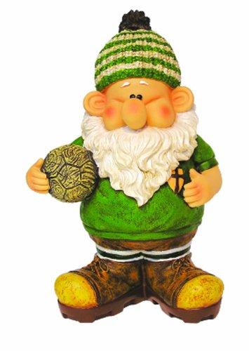 Woodland Wilf Scores A Hat Trick Gartenzwerg, aus Kunstharz